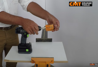 CMT Hole Saw 550 Oblique use on Mdf